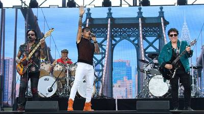 New Journey record to be a double album, new drummer Narada Michael Walden reveals